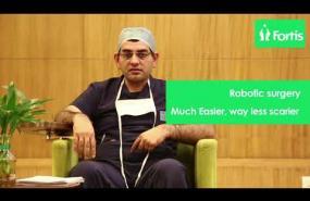 Dr. Surender Dabas explains Robotic Surgery to Battle Cancer the New Way